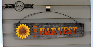Outdoor Happy Harvest Sign